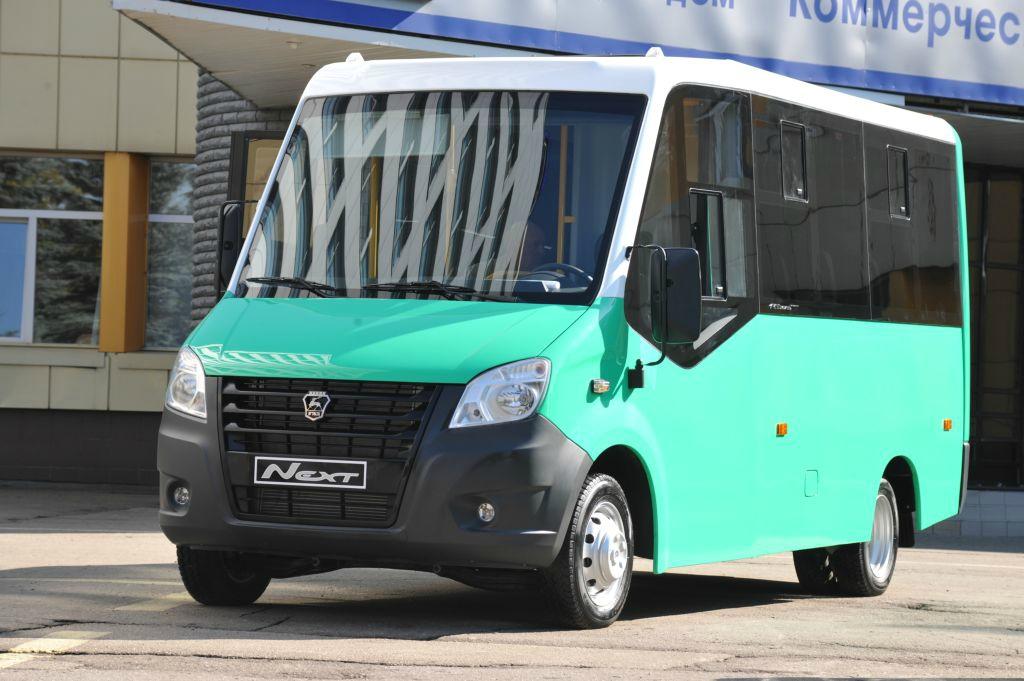 passazhirskiy avtobus na zavode